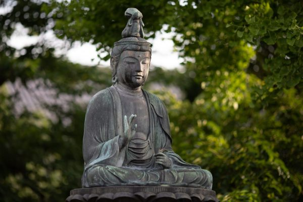 buddha-statue-near-trees-1344472