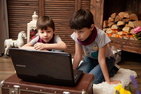 kids-4934084_1280